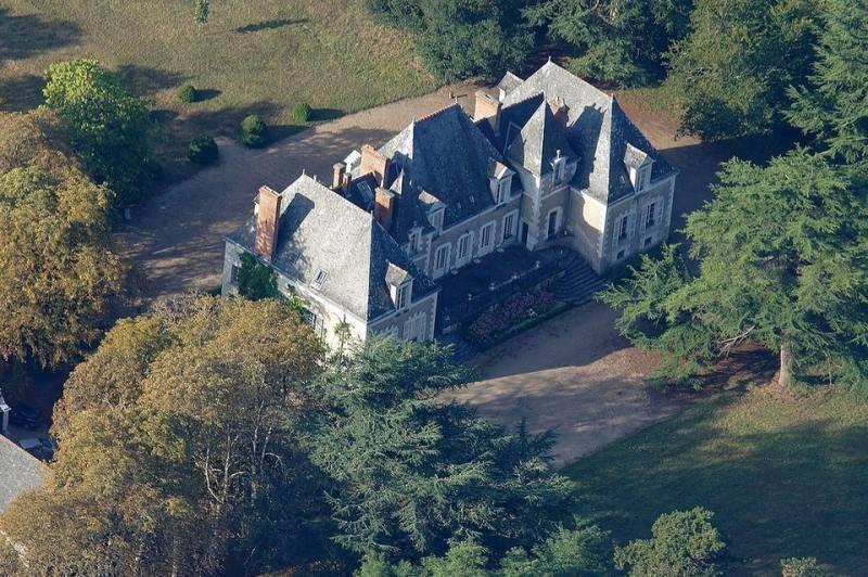 Крепость замок во франции купить