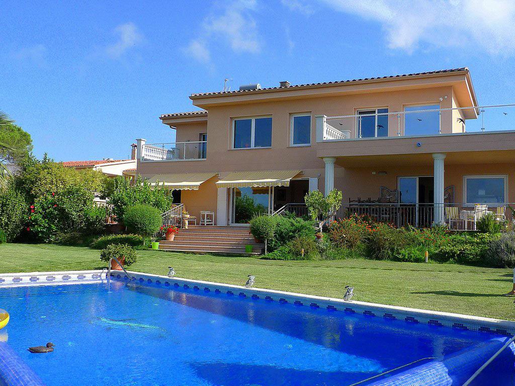 Преимущества частной собственности в Испании