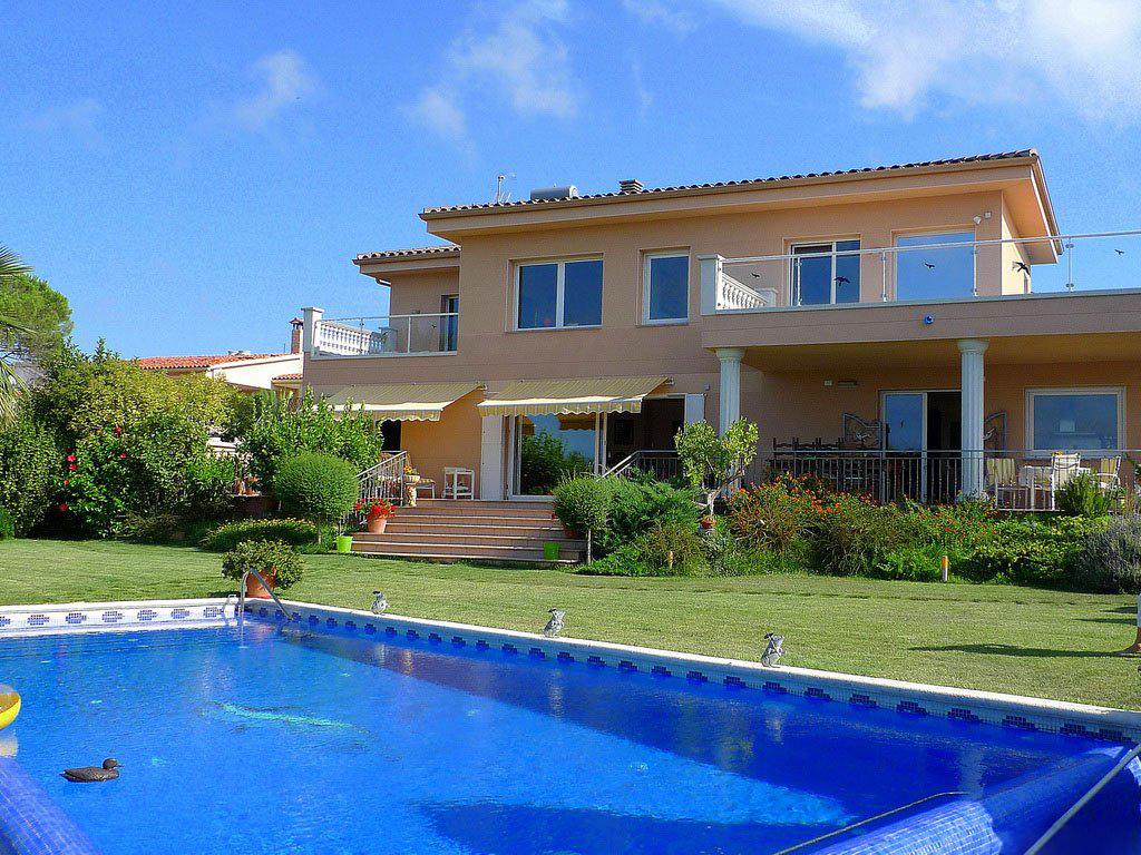 Куплю дом и испании на берегу моря