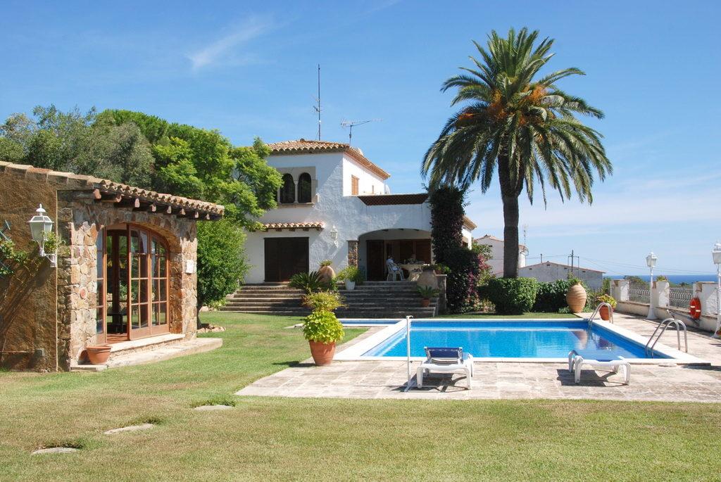 Особенности купли/продажи домов в Испании
