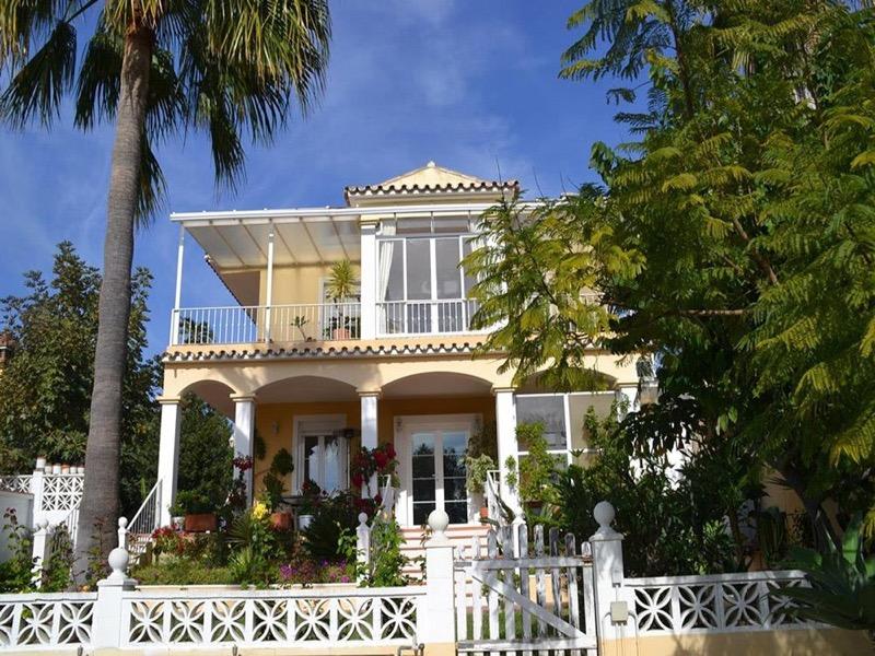 Купить апартаменты на испании