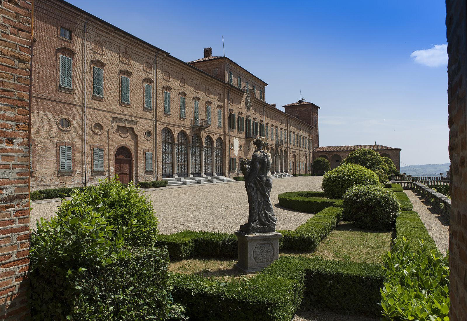 Снять квартиру в Италии на длительный срок - база объявлений