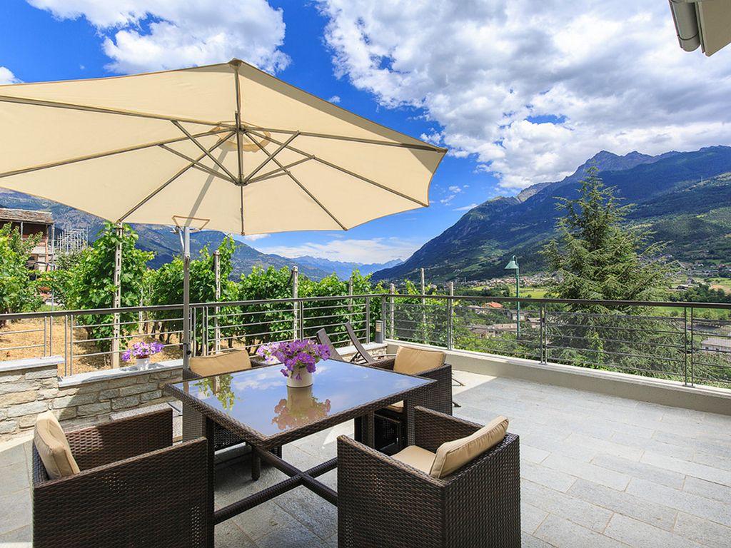 Продам дом в городе Сасселло, Италия - Недвижимость